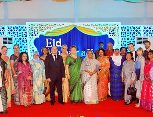 After Eid greetings, DG along with other diplomats and guests posed for a group photograph with H.E. Sheikh Hasina. DG CIRDAP also exchanged greetings with other diplomats of different countries at Ganabhaban.